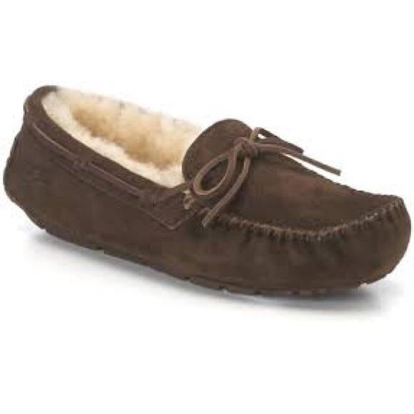 8fb8471e20e Dark Brown Dakota Ugg Moccasin slippers 8